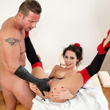 Anál szex - Nikita Bellucci